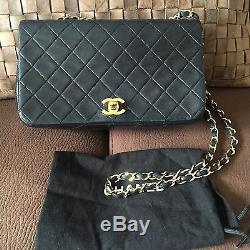 Auth Chanel Black Quilted Leather Full Single Flap Single Strap Gold CC Purse