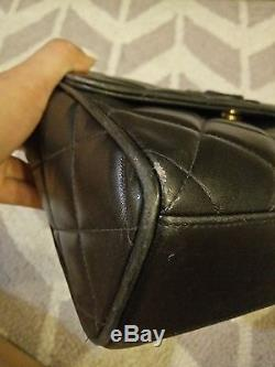 AUTH Vintage Chanel Black Quilted Leather Shoulder Bag With Leather Strap