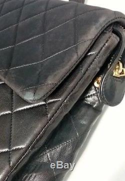 CHANEL Vintage Black Quilted CC Leather Flap Closure Chain Strap Backpack B3888