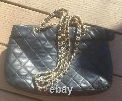 CHANEL Vintage Rare Black Quilted Leather Double Chain Strap Shoulder Bag