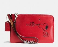 COACH X PEANUTS Snoopy Kiss Zip Wristlet RED Leather Wallet Purse Bag, Gift Box