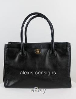Chanel Black Quilted Caviar Leather Gold Hardware Cerf Tote Shopper Bag Strap